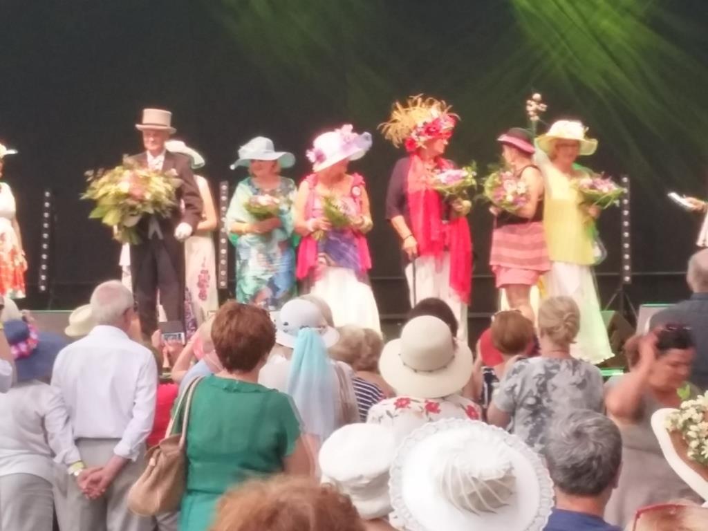 2016-06-26 Sluzewiec-kapelusze (7)