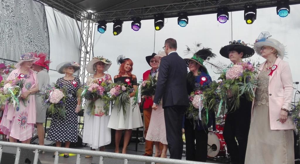 2017-06-17 Wyscigi -kapelusze (36)