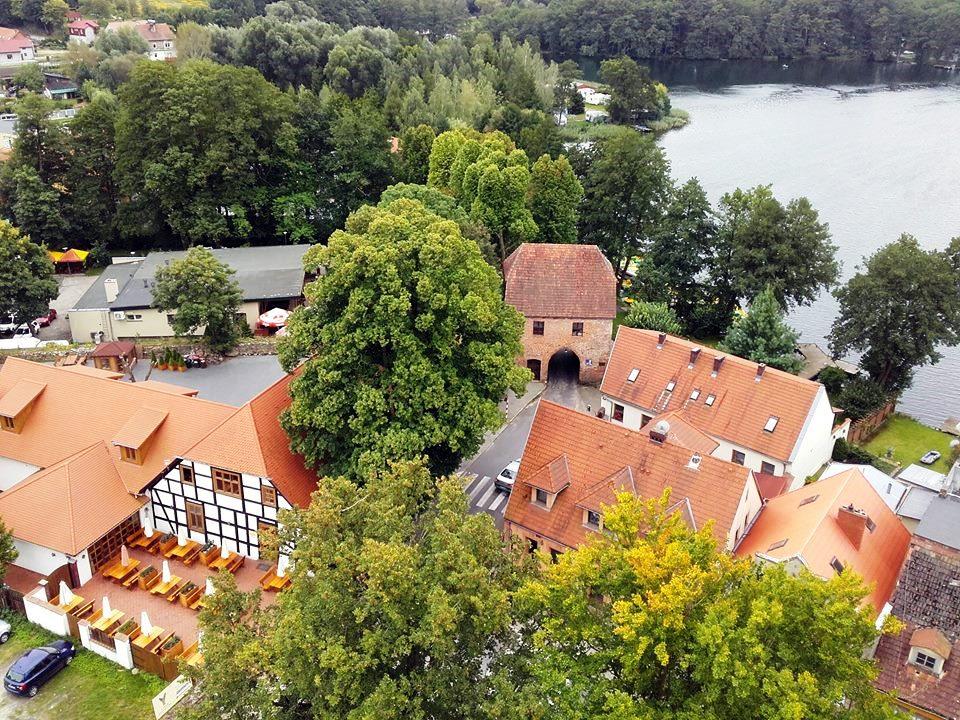 2017-09-08 widok na Łagów z wiezy zamku