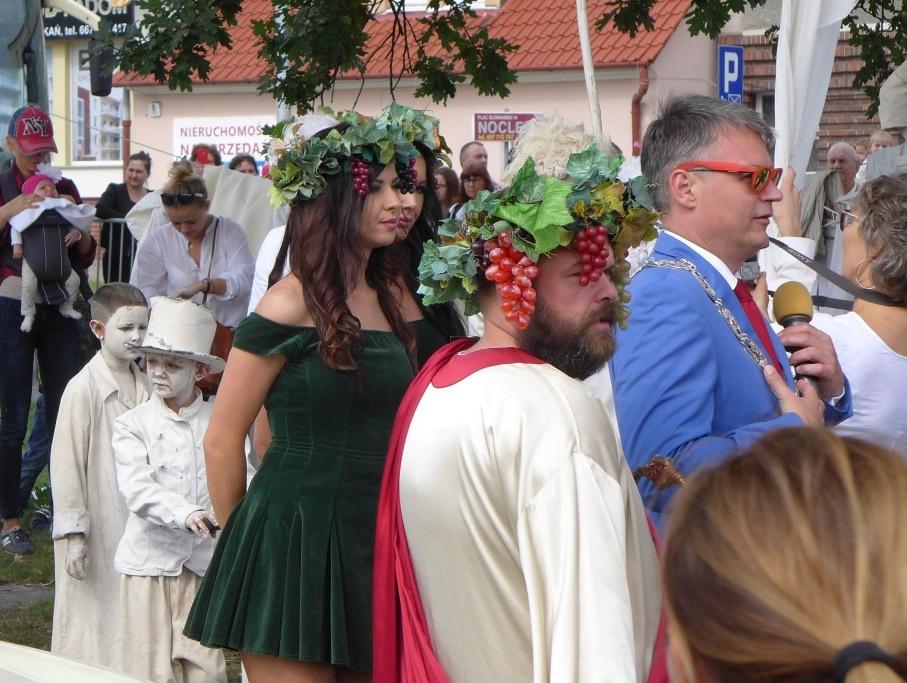 2017-09-09 parada winobrania w Zielonej Gorze (2)