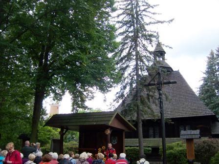 2017-09-19 Spala kościol Krolowej Korony Polski (1)