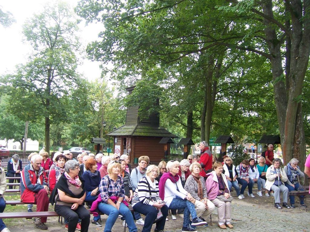 2017-09-19 Spala kościol Krolowej Korony Polski (2)