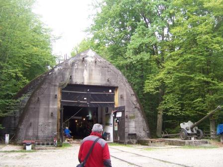 2017-09-19 schron kolejowy i bunkry w Konewce (1)